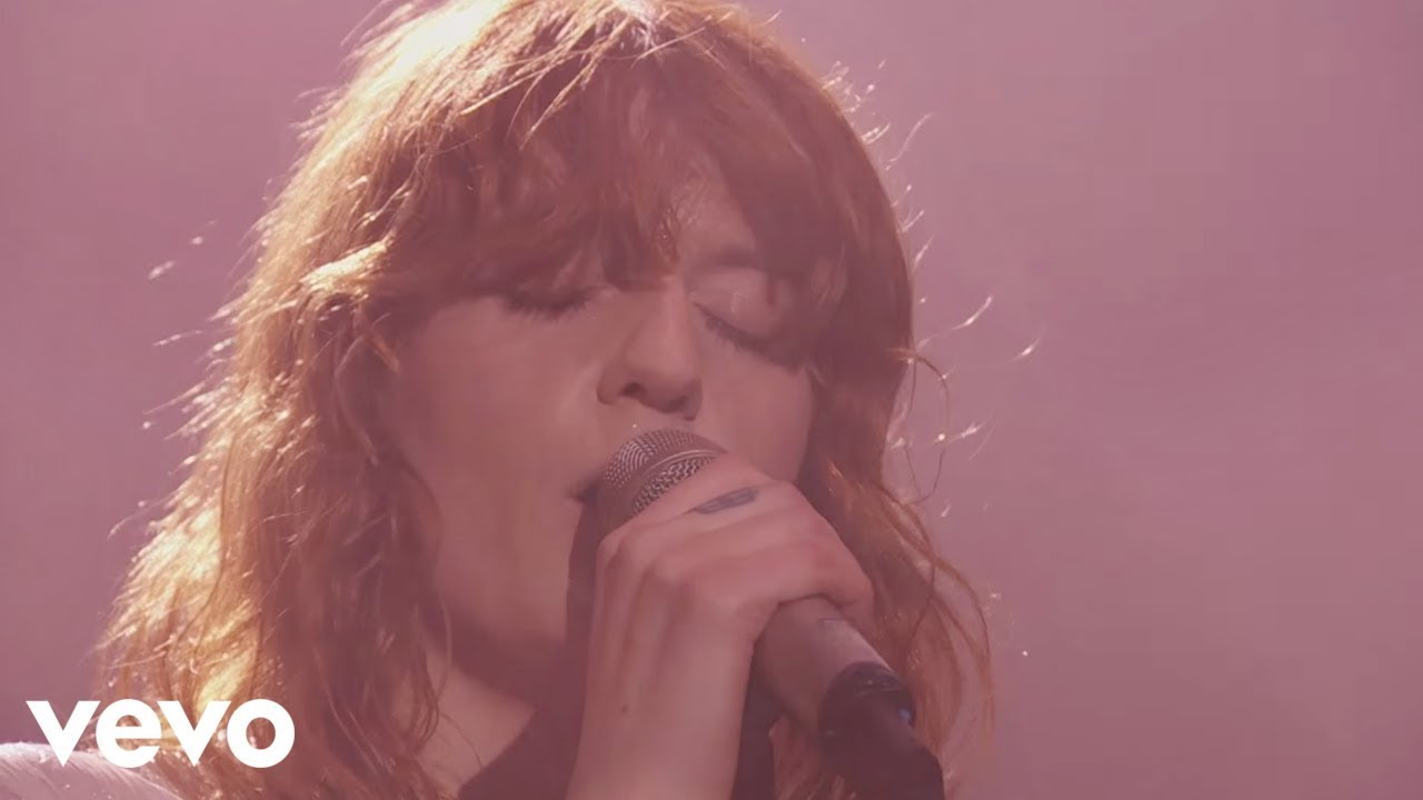 florence-the-machine-times-like-these-live-at-glastonbury-2015-florencemachinevevo