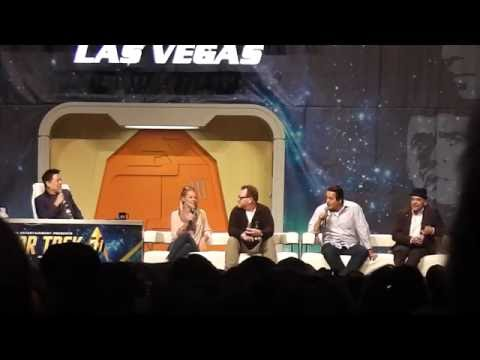 Voyager Panel Part 2 out of 2 at the 2016 Star Trek Convention