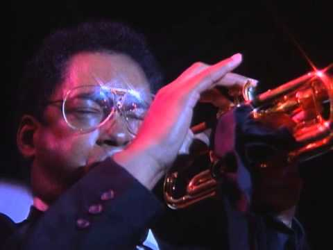 Wynton Marsallis - West End Blues - Jon Faddis - 8/17/1990 - Newport Casino