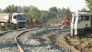 Felszedik a nemrég lerakott síneket Hódmezővásárhely és Szeged között 19-05-22