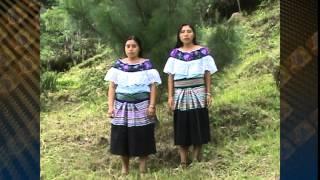 Maria del Carmen y Carmelina Saqueo
