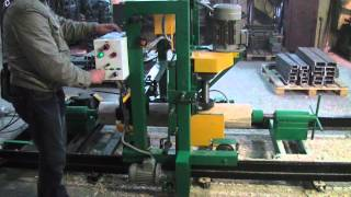 Калибровочный станок для изготовления срубов(http://pilam.ru/catalogue/stanki-ocilindrovochnye/ocilindrovochnyi-stanok-avtonomnyi-taiga-os-1-elektricheskii/ Станки для изготовления калиброванного ..., 2012-11-20T15:39:44.000Z)
