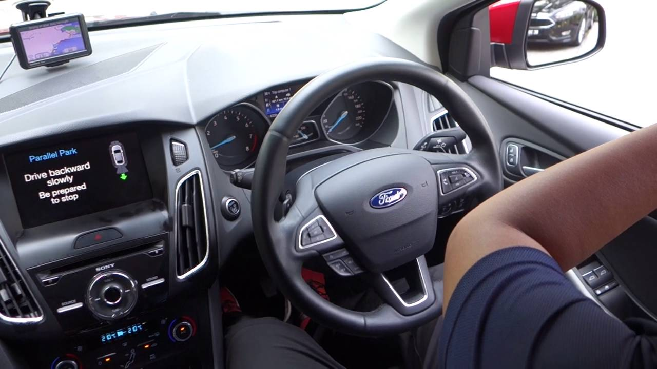 Self Parking Demo On The 2016 Ford Focus