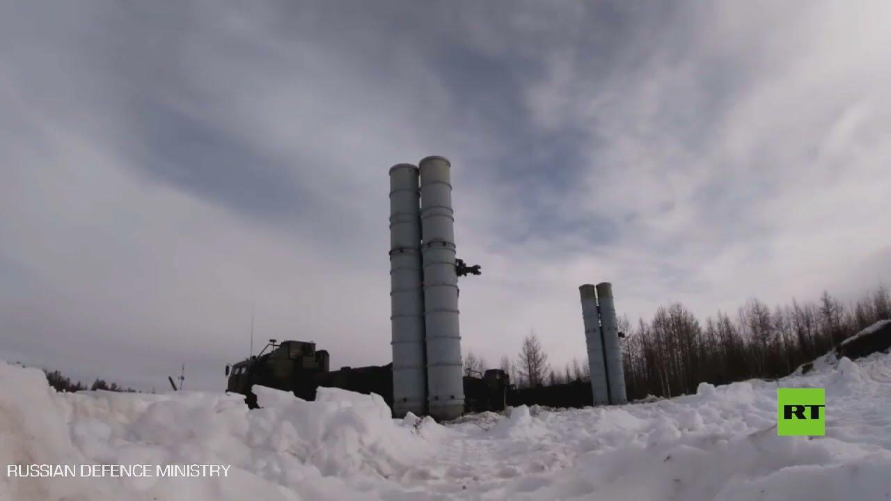 إطلاق صواريخ إس-400 على أهداف جوية  - نشر قبل 2 ساعة
