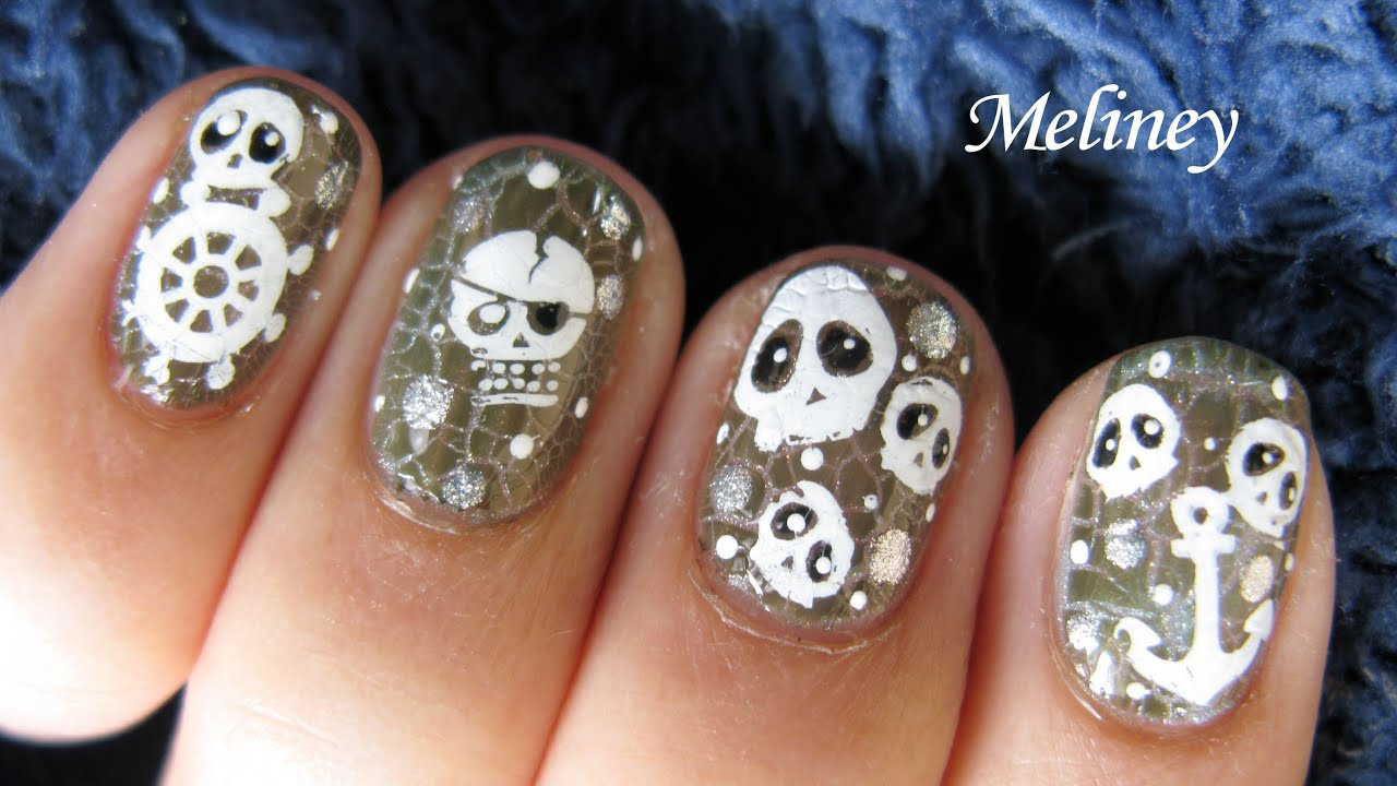 Crackle Nail Polish Design Halloween Pirates Of The Caribbeans Skull