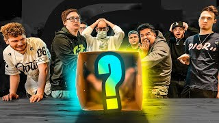 OpTic HECZ FREAKS OUT! | WHAT'S IN THE BOX CHALLENGE