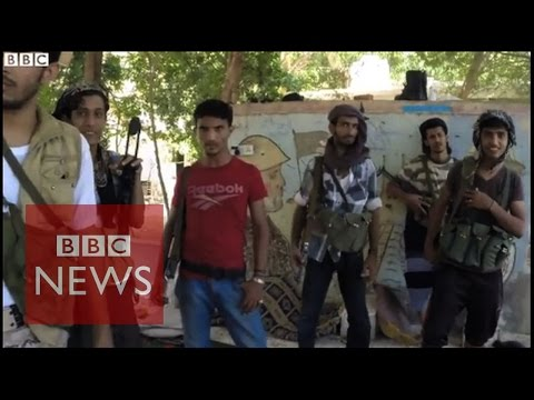 "Yemen: Aden's ""DIY"" defence force - BBC News"