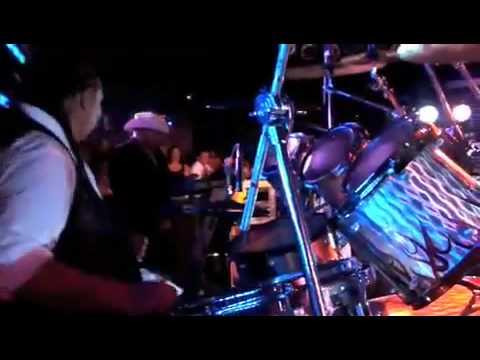 ALACRANES MUSICAL IN, ''DALLAS TEXAS''.flv