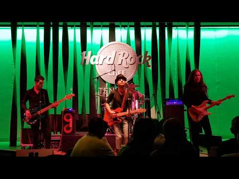 Johnny be good - Chuck berry  ( Rock Story Show at Hard Rock Tenerife) Miguel Folgueras