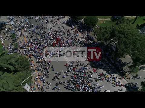 Report Tv sjell pamjet me dron, fillon protesta e opozitës para Kryeministrisë