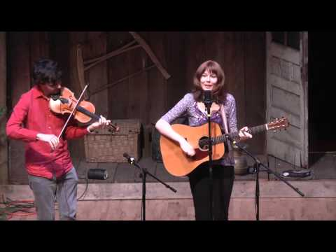 White Freight Liner - John Mailander and Molly Tuttle at Bluegrass From the Forest 2015