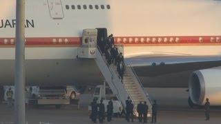 犠牲の9遺体帰国 アルジェリア人質事件で官房長官