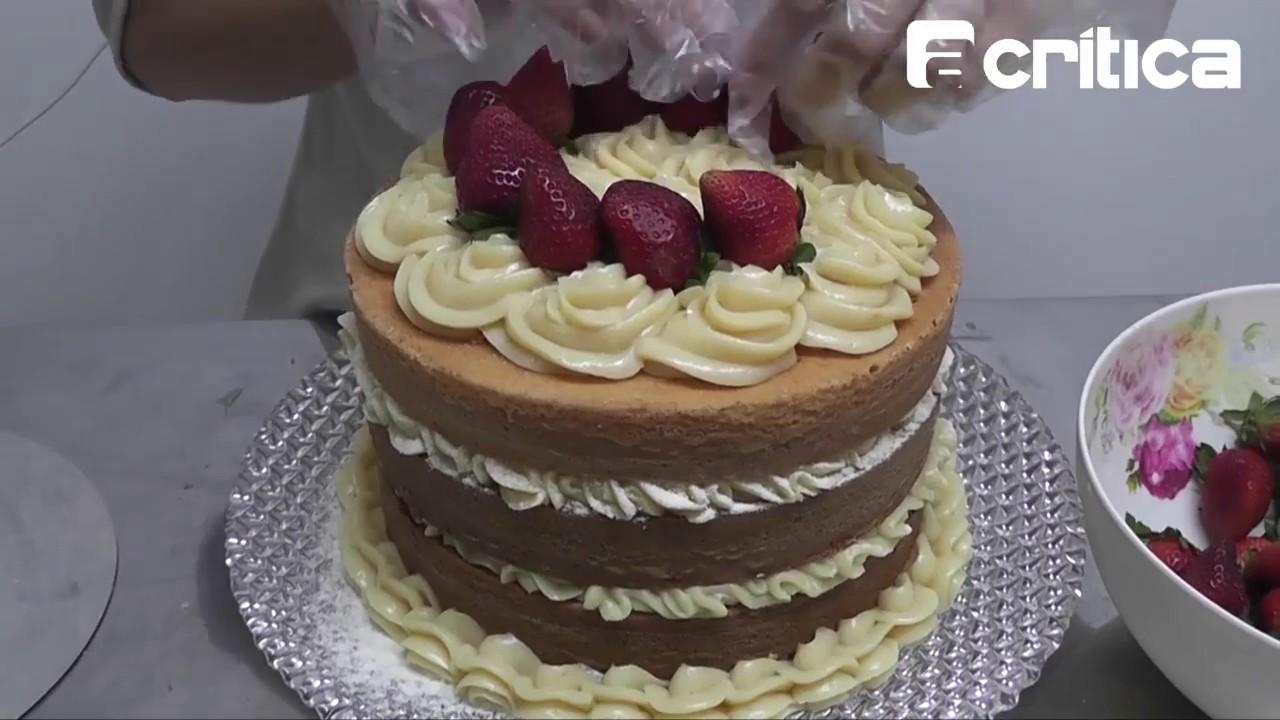 Naked Cake / bolo pelado - Montagem / Decorating a Naked