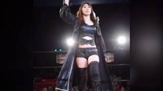 女子プロレスの桜花由美さんの画像です。