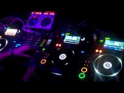 DJ BORIS @ ASSETERIA  Oct 2011 .MP4