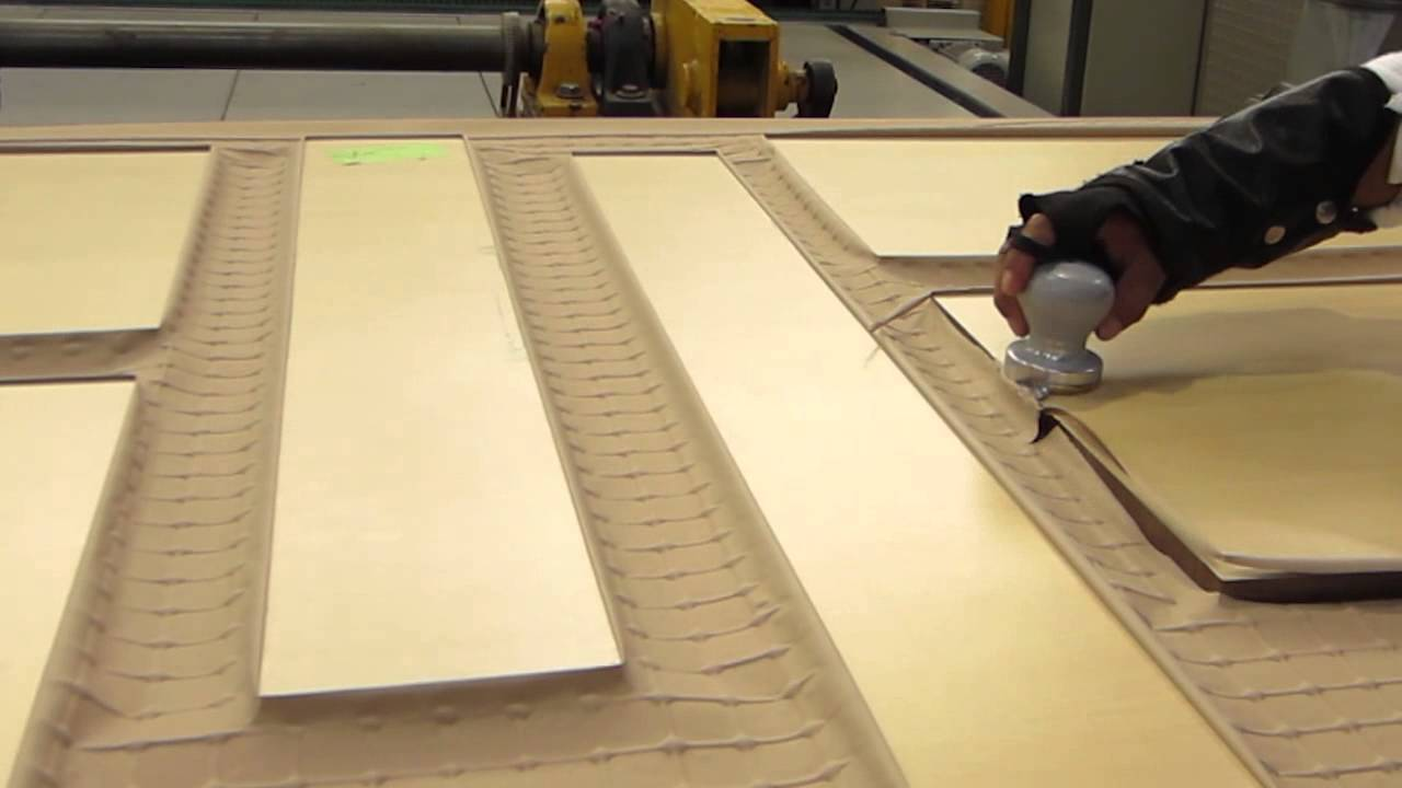 How Thermofoil Rtf 3dl Doors Are Made Youtube