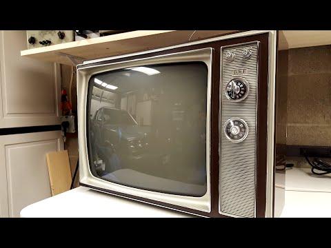 "1969 RCA Model AM195W 20"" Black & White Television"