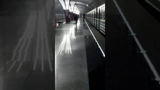 приколы в Москве Метро