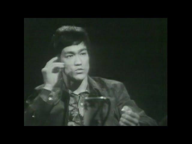 Bruce Lee Philosophy - BE WATER MY FRIEND