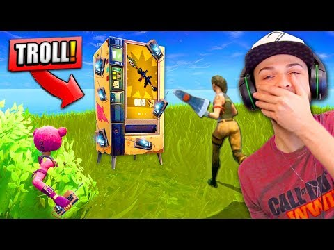 LEGENDARY *TRAP* VENDING MACHINE in Fortnite: Battle Royale! (TROLLING)