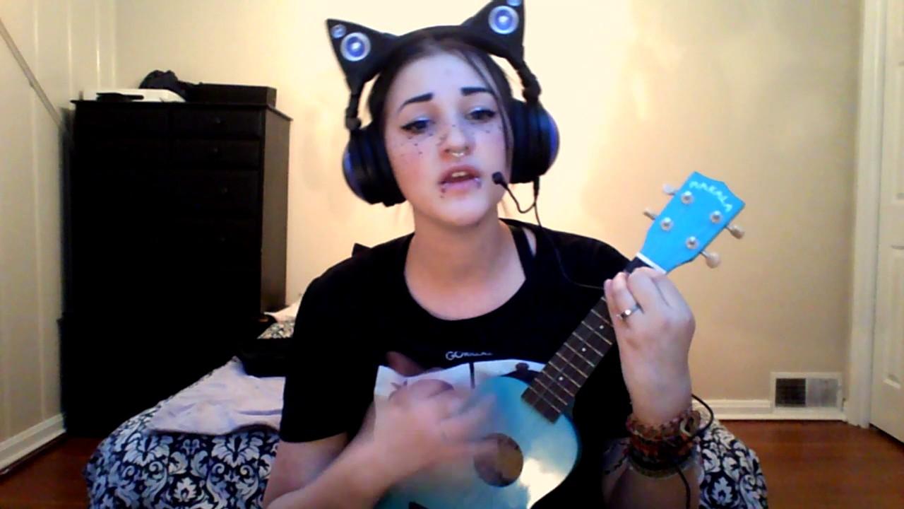 Ukulele Cover Melanie Martinez ~ Soap - YouTube