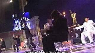 Video 011214 shinhwa 골든디스크-Wild eyes.avi download MP3, 3GP, MP4, WEBM, AVI, FLV Maret 2018