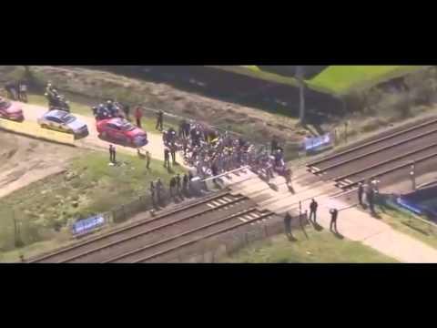 Paris Roubaix railroad crossing 2015