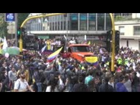Thousands march against president in Colombia