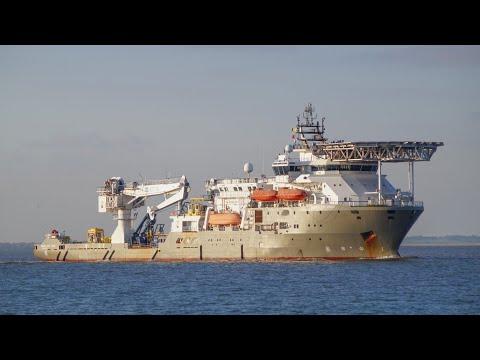Offshore diving support vessel BOKA DA VINCI heading for harwich 10/11/19.