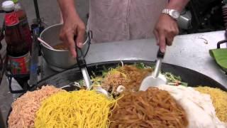 Bangkok Street Food: Pad Thai