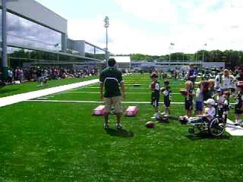 Mark Sanchez trains kids at Generation Jets Camp