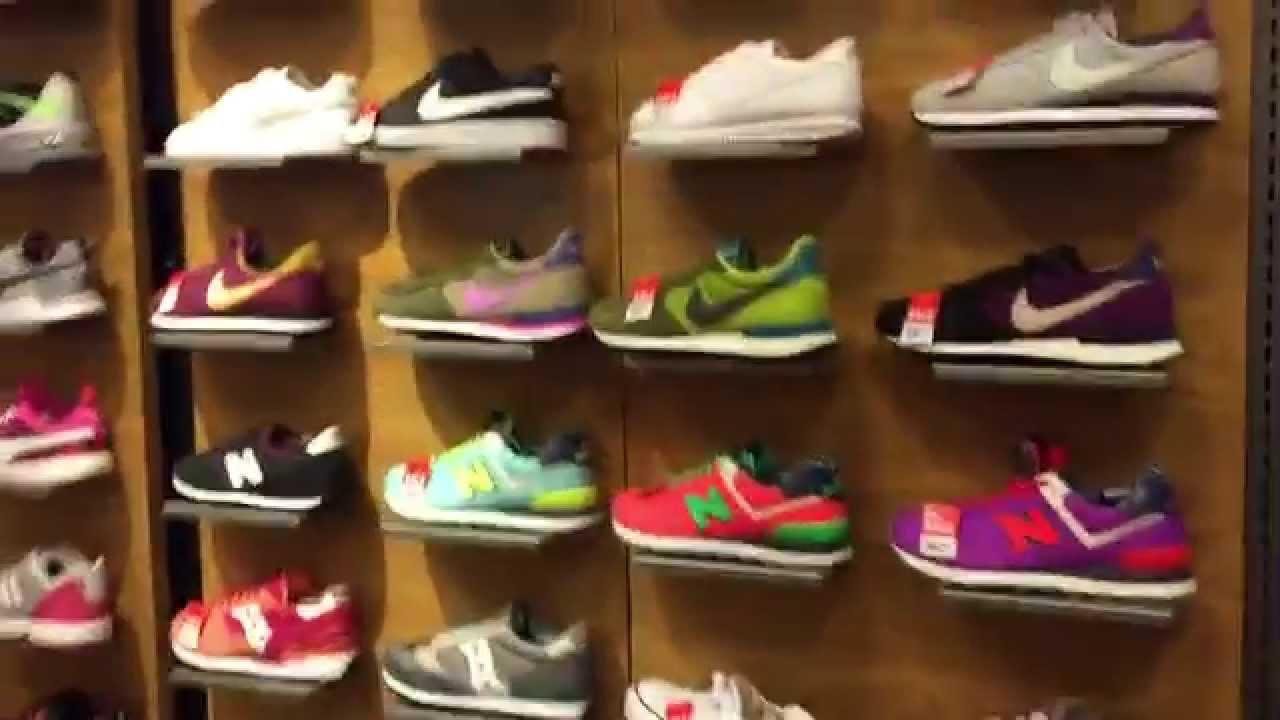 Шопинг в Испании | сколько стоит спортивная обувь - YouTube