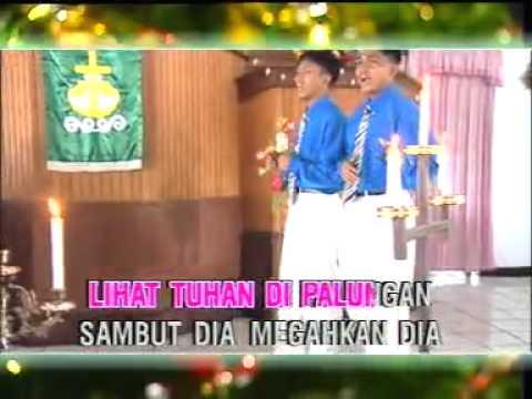 Lihat Tuhan Dalam Palungan _ Alfa Omega _ Lagu Natal.mp4