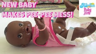 New Baby Alive Doll,  Wets and Wiggles! Introduction,Details,Feeding/Changing & Shout-Out!!!.