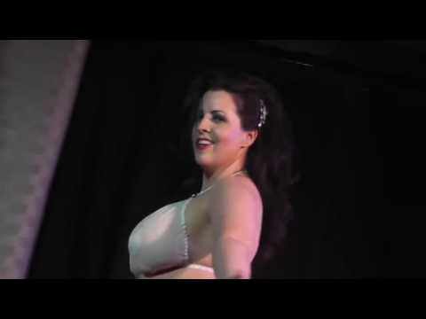 Live Burlesque! In Las Vegas May 28 2011 Vi Vacious