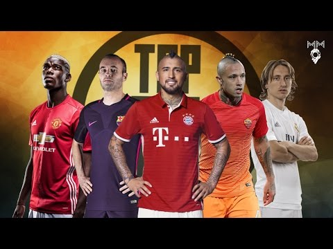 Top 10 Midfielders in Football 2017 ● HD