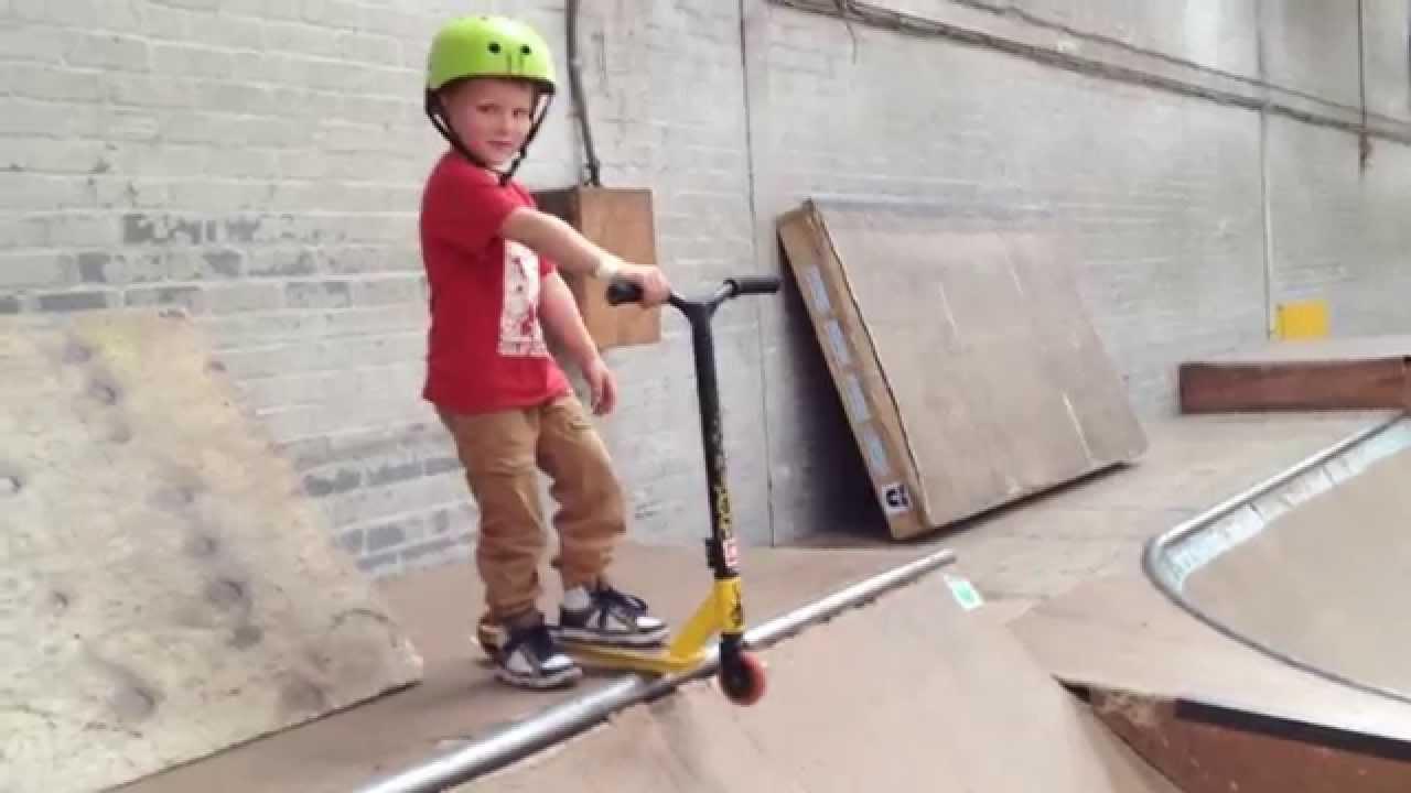 Kewben 4 Year Old Scooter Kid Youtube