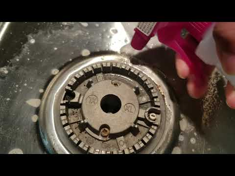 How to clean a Stainless Steel Stove top