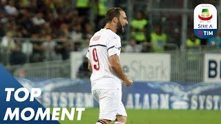 Download Video Higuaín Rounds The Keeper And Slots It Home | Cagliari 1-1 Milan | Top Moment |  Serie A MP3 3GP MP4