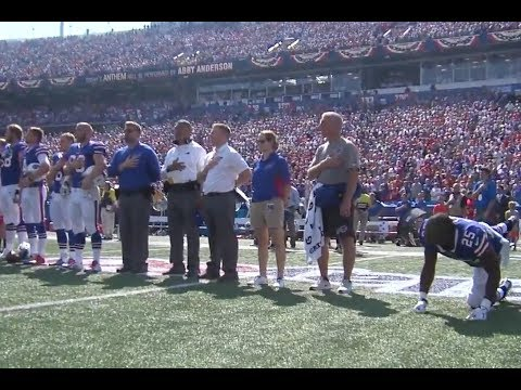 LESEAN McCoy Continues Stretching Through The National anthem