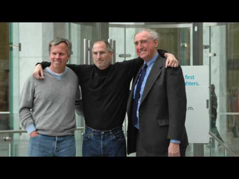 Steve Jobs Initially Blasted Genius Bars At Apple Stores