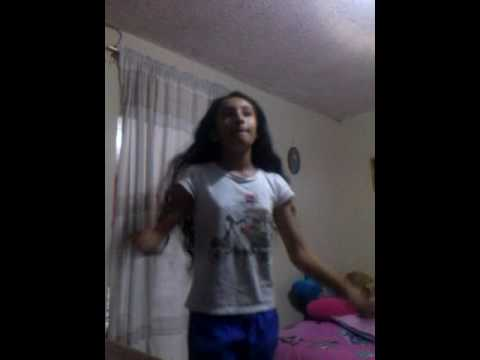 Insanity canción en español