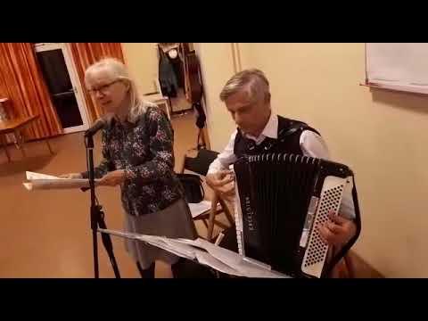Wienerlieder Beim Liesinger Seniorenclub Youtube