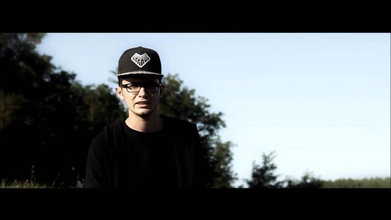 justice-egyedul-megyek-official-music-video-justice-music