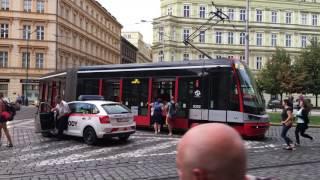 Dopravní podnik hlavního města Prahy 布拉格貪食蛇