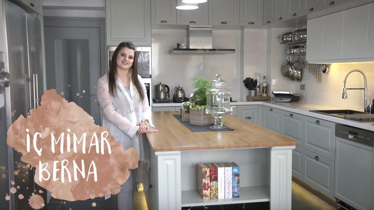 Evde küçük bir mutfak iç