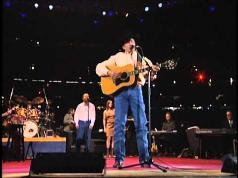 George Strait - Does Fort Worth Ever Cross Your Mind (Live From The Astrodome)