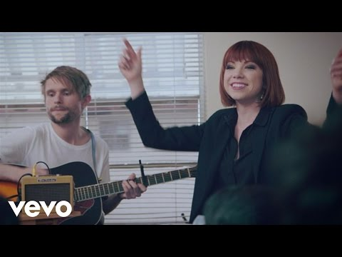 Carly Rae Jepsen - Call Me Maybe (Make Room Concert)