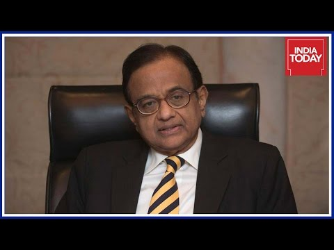 Chidambaram Lashes Out At RBI Governor & PM Modi Over Demonetization