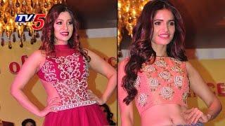 Payal Ghosh Fascinates At Fashion Show | Sanket 25 Years Celebrations | TV5 News